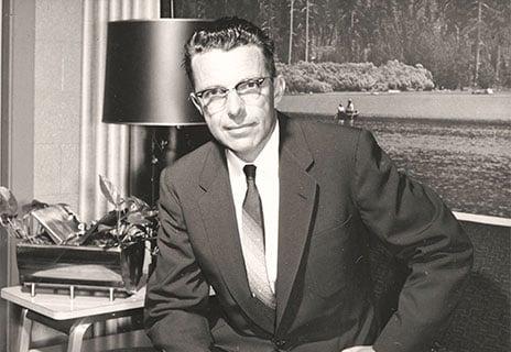 Mr Paul Mueller