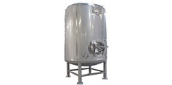 Standard Bright Beer Tanks